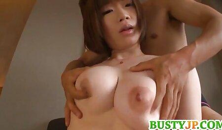 Thủ phim sec người và thú dâm, một cô gái với bộ ngực lớn cá nhân bánh mì khô
