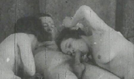 Người phụ nữ với Người đàn ông hư Đốn xem phim sec thu Thổi kèn.