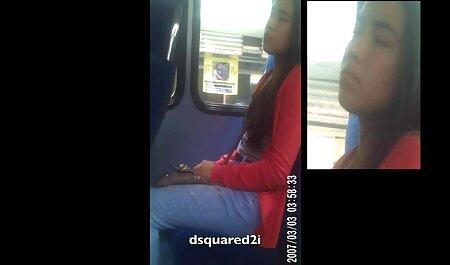 Hai cô gái tóc vàng ngồi trên mặt của người đàn phim sec nguoi cho ông với một con gà và một Nóng Tình dục