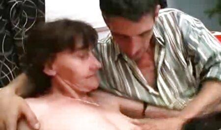 Da nâu không ngừng vặn phim sec dong vat voi nguoi vợ và bạn gái lớn của mình
