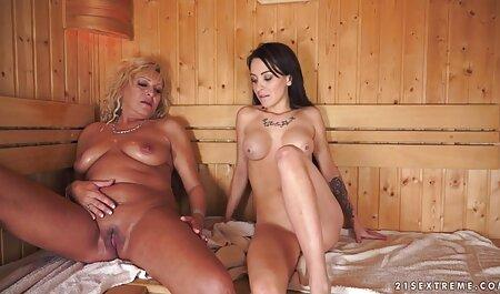 Dễ thương phim sec voi dong vat phụ nữ sexy đặt ra trần truồng trên ghế dài