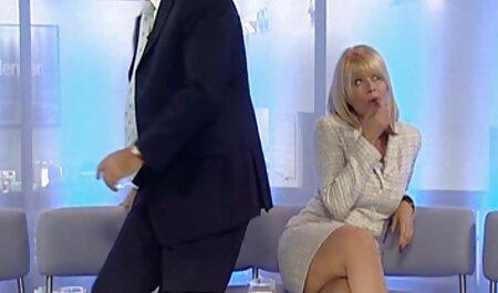 Cô gái nga thực hiện khiêu dâm trong phim sec nguoi vathu Bongacams