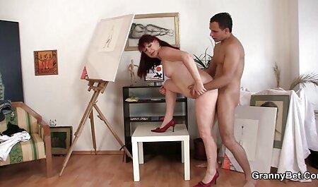 Tinh người phụ nữ đang ngồi trong âm đạo của người đàn ông phim sec thu cho va nguoi với một âm đạo